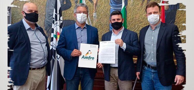 AMFRO BUSCA RECURSOS PARA INVESTIMENTOS NO PARQUE DO ESPINILHO