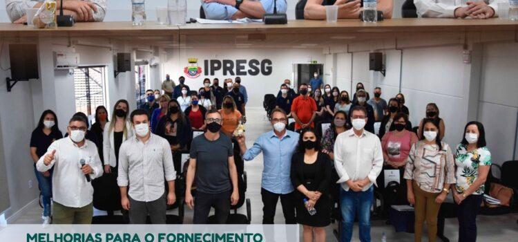 MELHORIAS PARA O FORNECIMENTO DE MERENDA ESCOLAR SÃO DISCUTIDAS EM ENCONTRO DA AMFRO